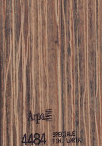 4484 - это название цвета и покрытия для категории Пластики ARPA под Дерево